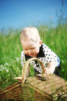Free Boy On Picnic Royalty Free Stock Photos - 18219778