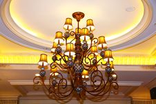 Free Crystal Chandelier Stock Photos - 18220283