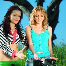 Free Girlfriends On Picnic Stock Photo - 18220450