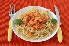 Free Spaghetti With Codfish, Shrimps Royalty Free Stock Images - 18221289
