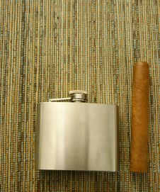 Cigar And Hip-flask Royalty Free Stock Photo