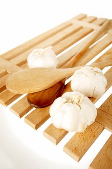 Free Garlic And Ladles 2 Stock Photography - 18230242