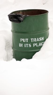 Park Trash Barrel In The Snow Royalty Free Stock Photography