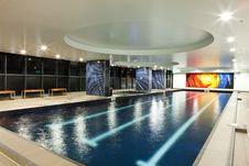 Free Luxury Pool Royalty Free Stock Image - 18231496