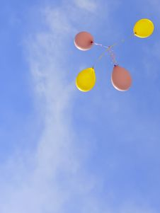 Free Flying Balloons Stock Images - 18232464