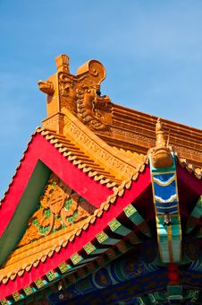 Free Chinese Roof Art Royalty Free Stock Photography - 18233077