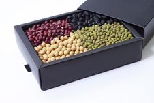 Free Mung Bean And Soybean In A Box Stock Photos - 18237743