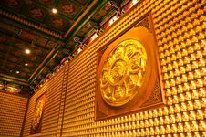Free Buddha Temple Wall In Wat-Leng-Noei-Yi Stock Images - 18238344