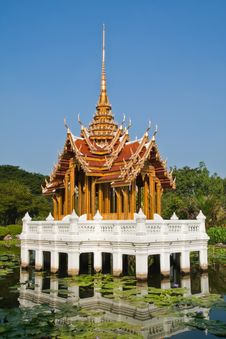 Thai Style Castle In The Middle Of Pond Royalty Free Stock Photography