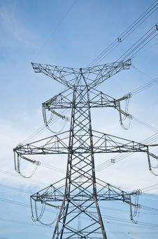 Free Electrical Power Transmission Tower With Blue Sky Stock Photography - 18240962