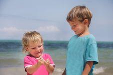 Free Two Children On Beach Royalty Free Stock Photo - 18242695