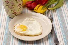 Free Heart Shape Fried Egg Stock Photography - 18243352