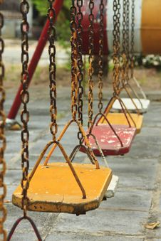 Free Yellow Swing Chlid Royalty Free Stock Images - 18243549