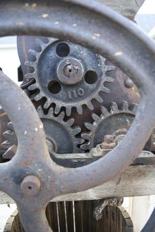 Free Antique Machine Gears Stock Photography - 18244802