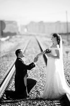 Free Bride And Groom On Railroad Stock Photography - 18245152