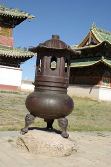 Free Urn In Mongolia Royalty Free Stock Photography - 18245627