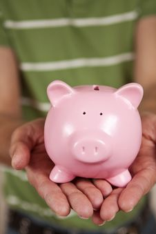 Free Piggy Bank Royalty Free Stock Image - 18247136