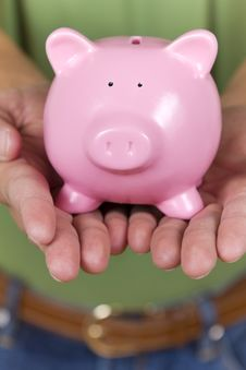 Free Piggy Bank Royalty Free Stock Photo - 18248915