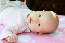 Free Little Child Royalty Free Stock Photography - 18256437