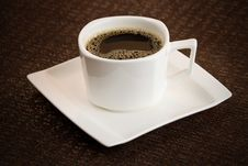 Free Simple Dark Coffee Cup With Brew Royalty Free Stock Photo - 18260895