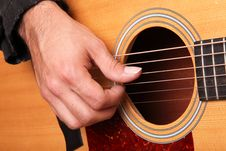 Free Acoustic Guitar Royalty Free Stock Photos - 18263898