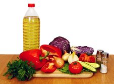 Free Sunflower Seed Oil And Vegetables For Salad Royalty Free Stock Photography - 18272497