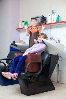 Free Children Play In The Barbershop Royalty Free Stock Photo - 18272955