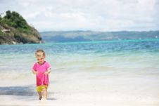 Free Child On Sea Background Stock Images - 18275034