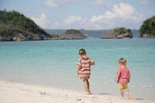 Free Two Children On Beach Stock Photos - 18275173