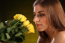 Free Beautiful Yellow Rose Flowers For Young Woman Royalty Free Stock Photography - 18276977