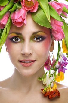 Free Beauty Woman Portrait With Wreath Stock Photos - 18277053
