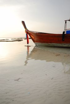 Free Taxi Boat. Stock Images - 18279844