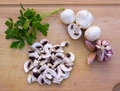 Free Mushrooms With Garlic And Parsley Royalty Free Stock Images - 18288129