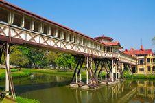 Free Long Corridor In Sanamjan Palace, Thailand. Royalty Free Stock Photos - 18280528