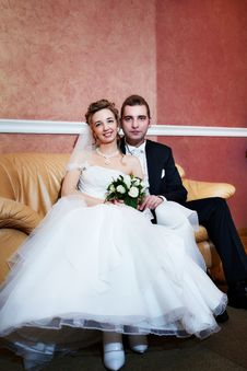 Free Happy Bride And Groom In Marriage Palace Royalty Free Stock Photo - 18281175
