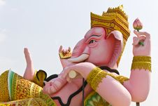 Free The God Of Wisdom And Difficulty Ganesha Statue Stock Photos - 18281313