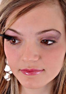 Free Beautiful Woman Applying Mascara Stock Photo - 18281380