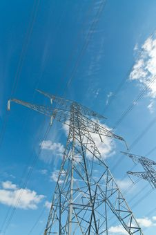 Free Electrical Transmission Towers (Pylons) Stock Photos - 18283293