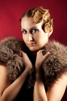 Free Portrait Of Woman With Fur Royalty Free Stock Images - 18284279