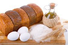 Free Fresh Bread,  Eggs,  Flour  And  Oil Royalty Free Stock Photography - 18284577