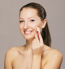 Free Smiling Girl With A Brush Stock Image - 18284761