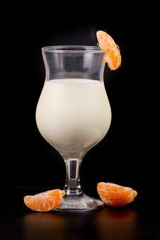 Free Vanilla Ice Cream Milk Shake Stock Images - 18285074