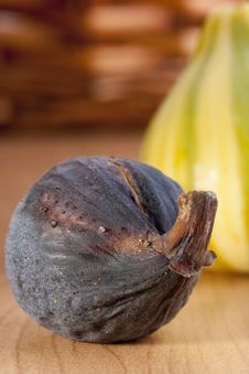 Free Ripe Fruits Of A Fig Royalty Free Stock Photos - 18286478