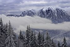 Free Mountain Peak Stock Image - 18289941