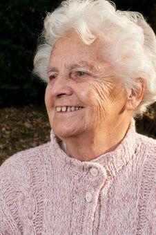 Free Portrait Of A Senior Woman Royalty Free Stock Image - 18289946