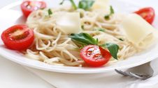 Free Spaghetti With Tomato And Parmesan Cheese Stock Images - 18290454
