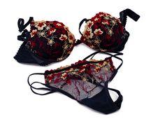 Free Female Underwear Stock Photography - 18293722