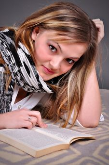Free Young Woman With Book Royalty Free Stock Image - 18295366