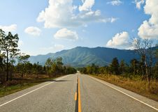 Free Straight Road To The Mountain Stock Photo - 18296800