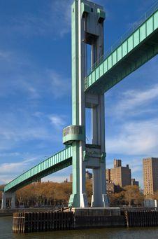 Free Raising Bridge NYC Royalty Free Stock Image - 1832486